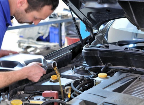 汽车知识 汽车保养 > 变速箱油多久换一次_变速箱油要不要换   汽车